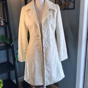 White House Black Market White Winter Pea Coat